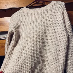 Forever 21 cream colored sweater
